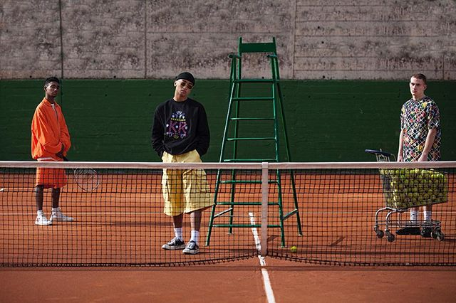 federer canon djockovic nadal color pic fashionphotography boy axcel tenniscourt fuckingyoung ball profoto court young magazine barcelona breakpoint editorial model kid luz sony