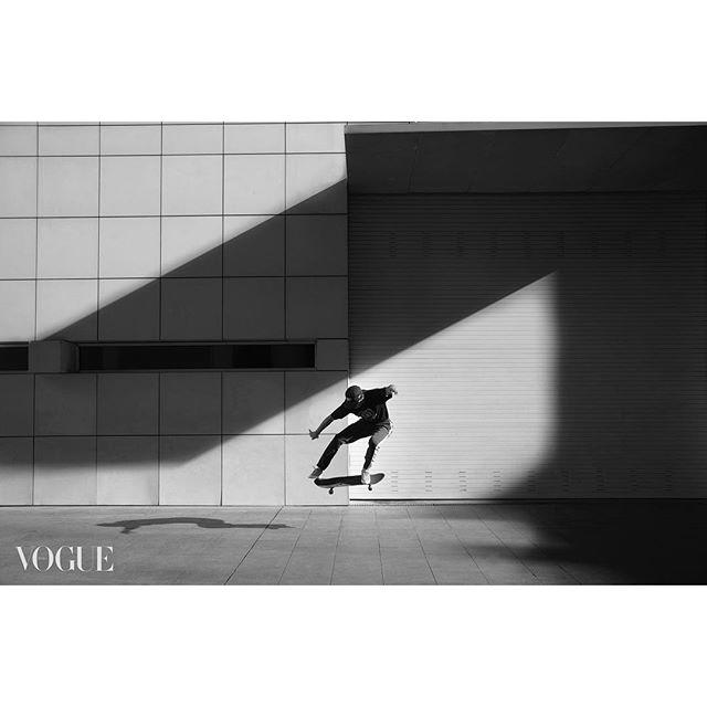clean lifestyle shadow sport blackandwhite vogueitalia brand lavida advertising photoshoot macbalife geometric skating shoot lines art photography shooting skate