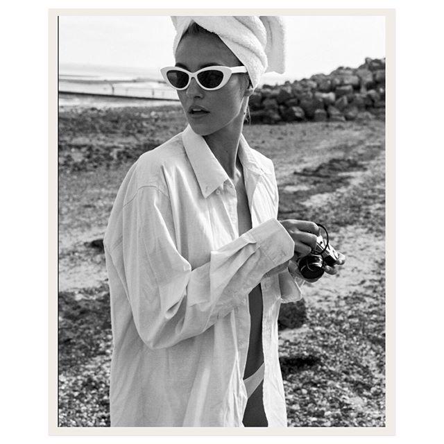 blackandwhite fashion motmodels classicstyle summer retrostyle models portrait beachlife noretouch