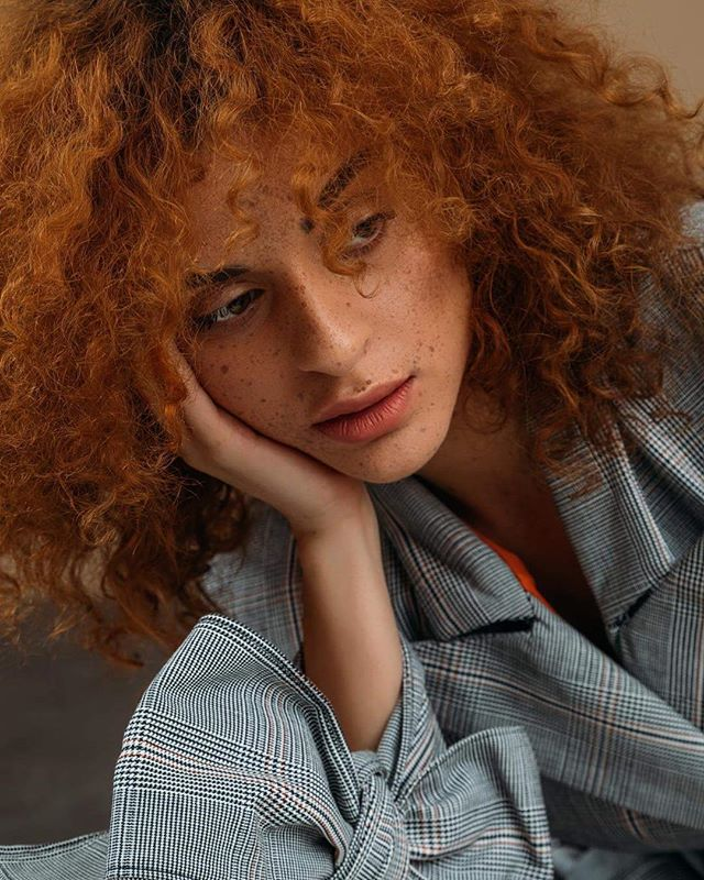freckles campaign curlyhairstyles softlight mariovijackic projektkoncept petrasever fashiondesigner