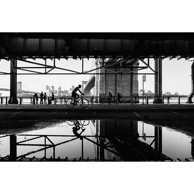 blackandwhitephoto nycphotographer streetphotography reflection vsco nyc fujixt2