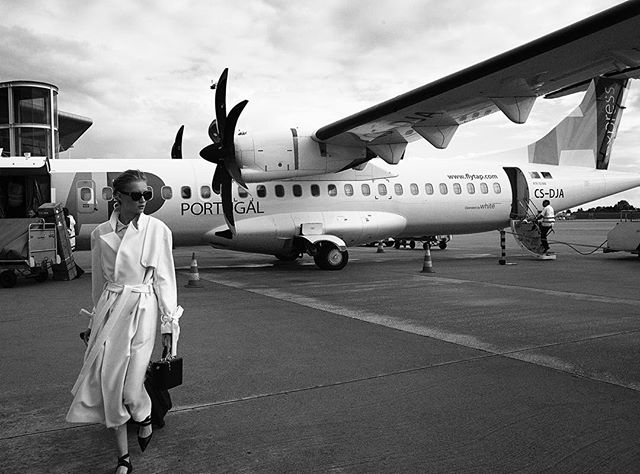 tapportugal upmagazine mangonewvoices fashionfromportugal avantmanagement styling airportoporto fresh portuguesefashionbrands collar wearemodels magazine oporto tap makeup plane captureone mood img nevercompromise fashionphotography model airport naturallight porto sunglasses