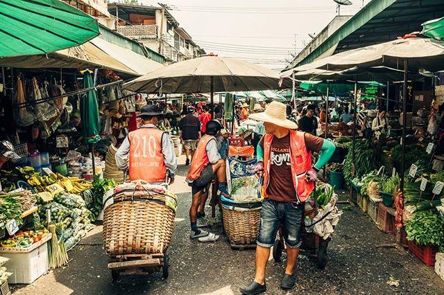 asia travel market fujixt2 travelphotograpy photographer explorethailand bangkok explore thailand thai fujifilm