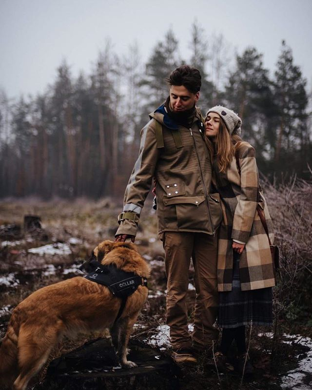 dog winter snow mood browncolir friendship photography story lovemood vsco moody style couple