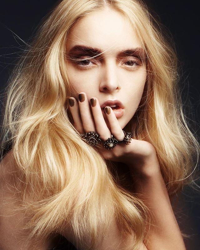 beautyshot latergram glowingskin messyhair