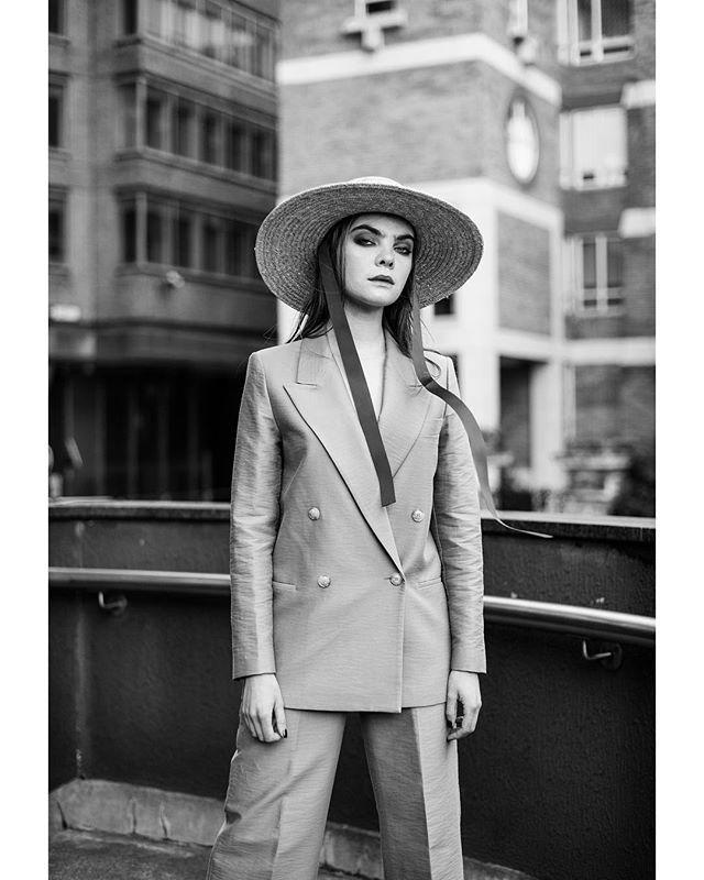 london fashion blackandwhite model urban style 50mm nikon