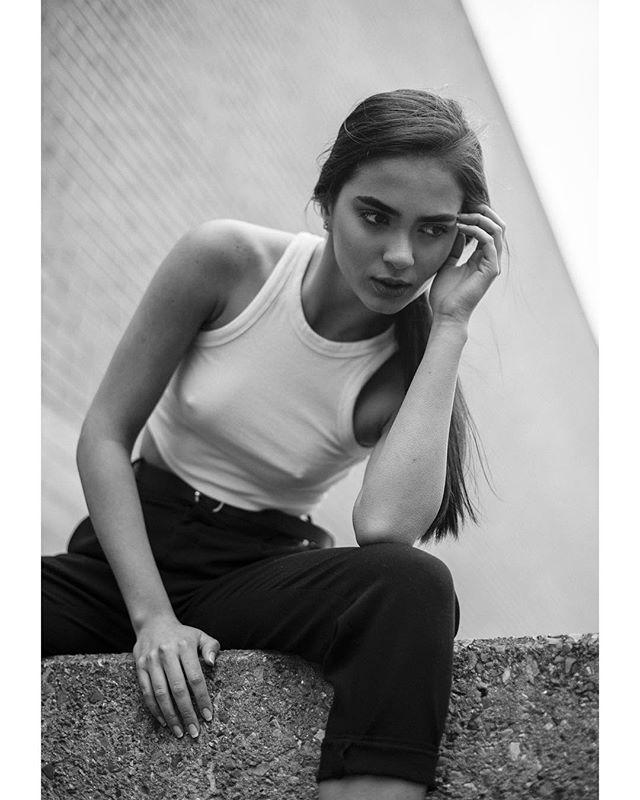 model urban style portrait nikon blackandwhite 50mm london fashion