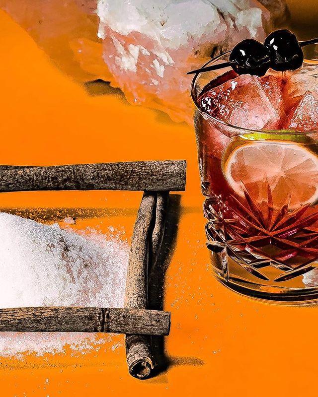 cocktails fineartphotography photography nuagevisuals setdesign artdirection art orange