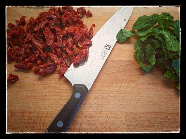 tomatoes green drytomatoes praha salento red flag ceskyrepublika cooking italiancook flavors mint