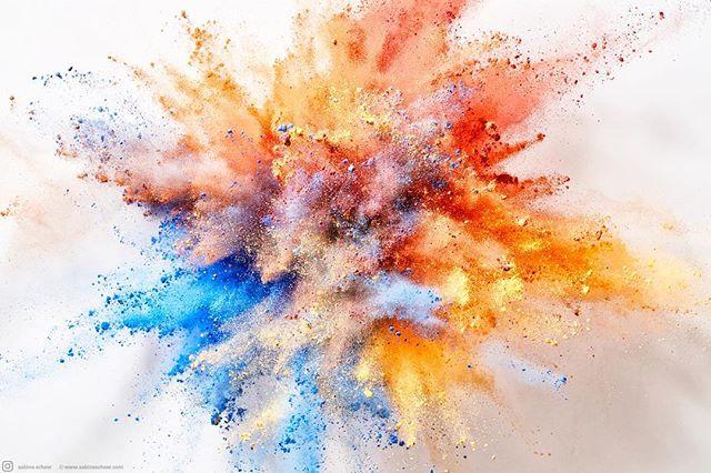 sabinescheer rockenfeller_goebels multicolor happynewyear2018 powder colorful vorwerk happynewyear fotografenagentur bffde 2018