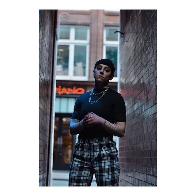 bhfyp genderqueer fashion tatted f instagay lgbt makeup lesbian like tattoo androgynous beautiful queer pride follow selfie love androgyny tomboystyle tomboy model gay lgbtq genderfluid bisexual nonbinary pansexual loveislove gaygirl