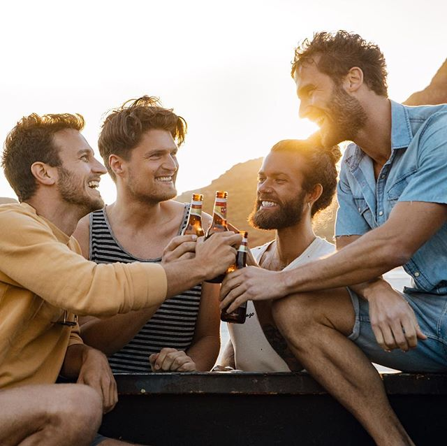 group werbung beachparty friends newwork advertisingphotography capetown capetownphotography lifestyle beercommercial surfersparadise surferlife love beachboy warmth photographer instasurf surfer oceanwaves