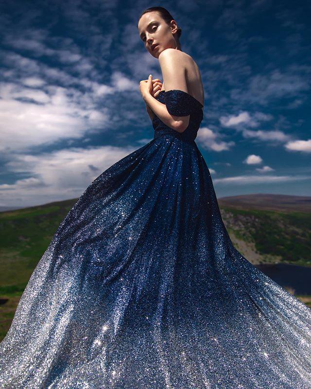 assisted dress model muah