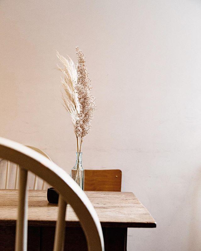 interiordesign rustic cerealmag interior scandistyle waterjournal modern design countryliving minimal scandinaviandesign