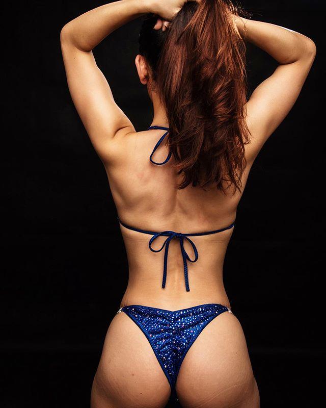 fitness booty🍑 bikinigirl fitnessmodel fitspo teambringit glutes fitnessgirl throwbackthursday throwback fitfam bikinicompetitor back fitnessmotivation athlete competitionbikini