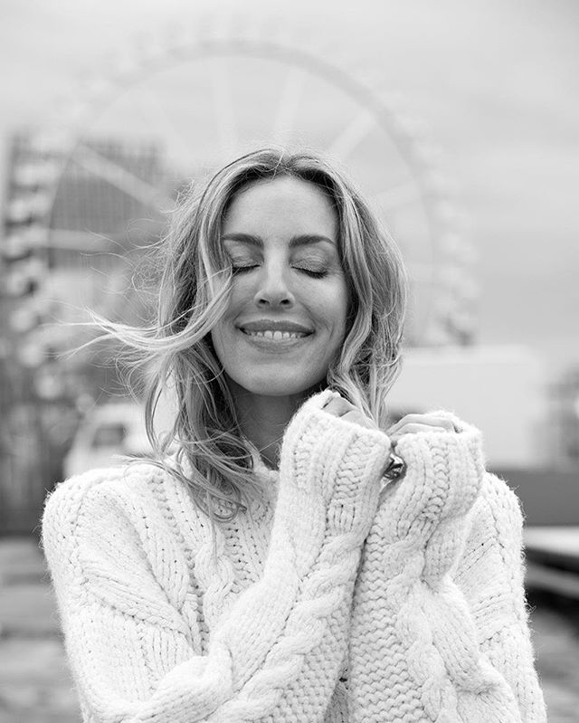 christinerogge portraiture moment domhamburg hamburg beyoutiful riesenrad instagood dom portrait_mood domtime shooting blackandwhitephotography smile momentofhappiness heiligengeistfeld 375kpeople portraitthepeople makeportraits