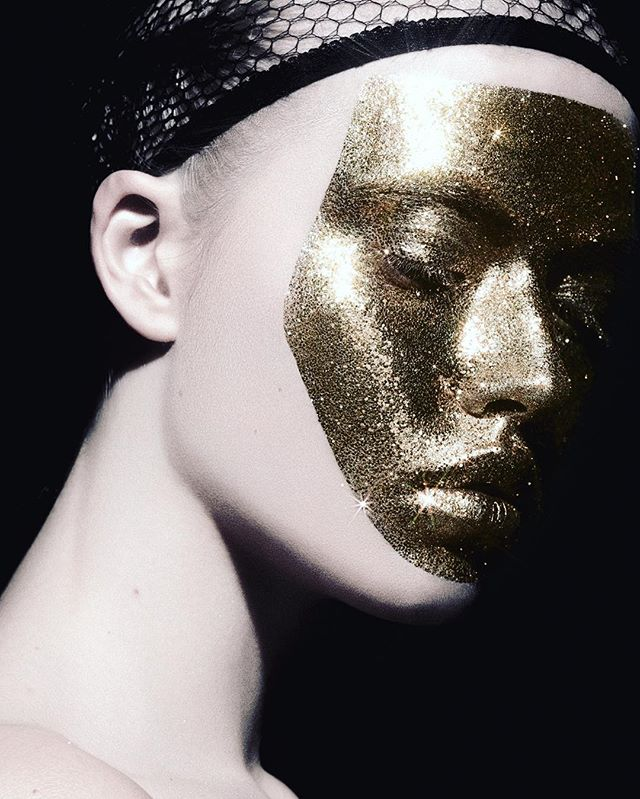 beauty goldmakeup jetsetterua gold glitter makeup