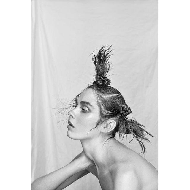 beauty instagood fashion photographer bnw photography bw photo instafashion light style grey hair model fashionphotography blackandwhite