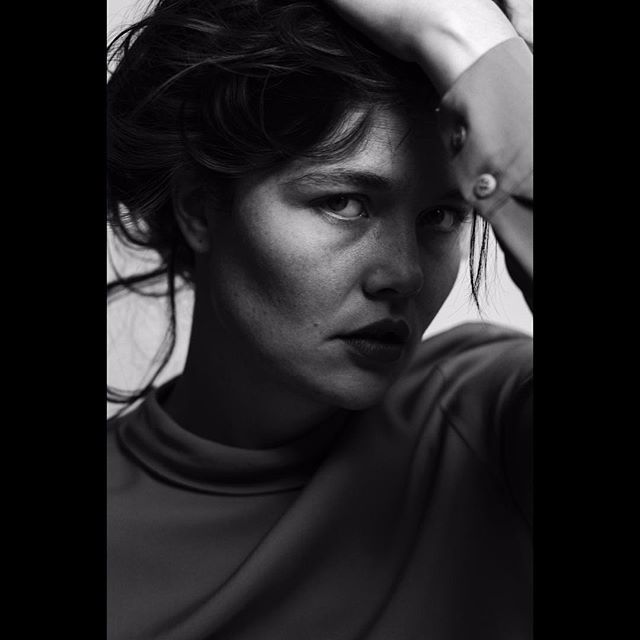 sister portrait photography model friend film director collaboration cinematography bye2017 blackwhite akatak actress 2018herewecome